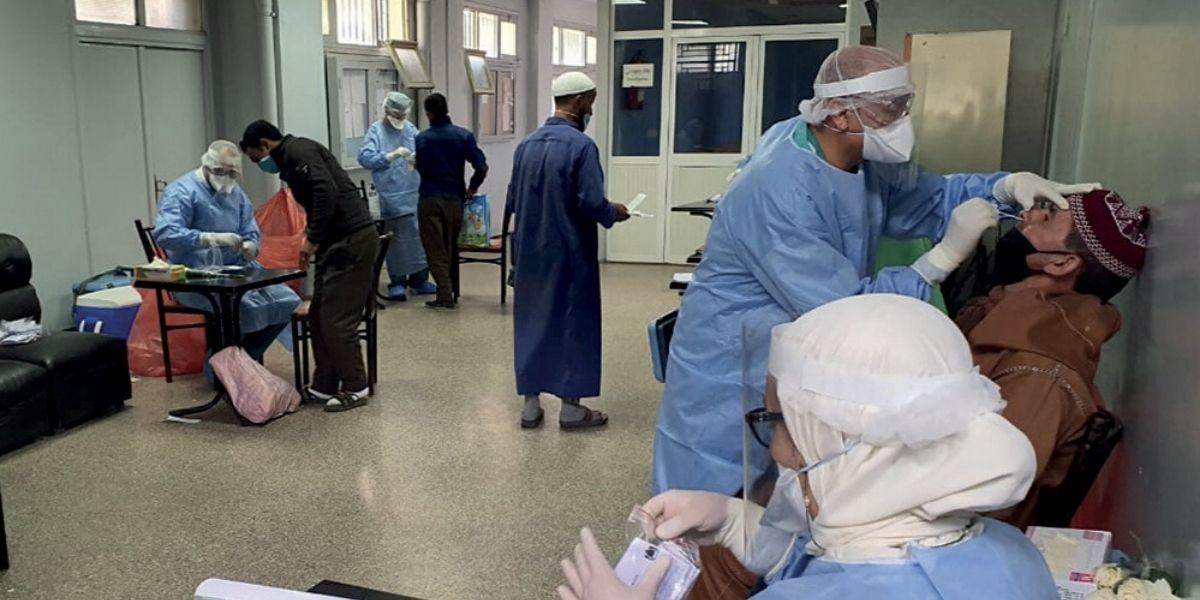كورونا.. 33 حالة وفاة و1164 إصابة مؤكدة